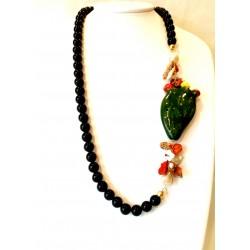 Collana ossidiana, con corallo, perle e ceramica