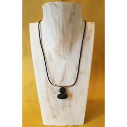 Collana in caucciù e argento con ciondoloni lava
