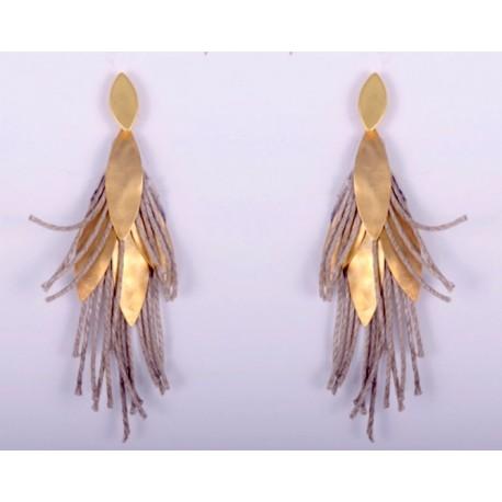 Orecchini in pelle, lino e foglie di rame placcate oro