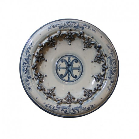 Piatto con simbolo di Lipari in rilievo d. 40